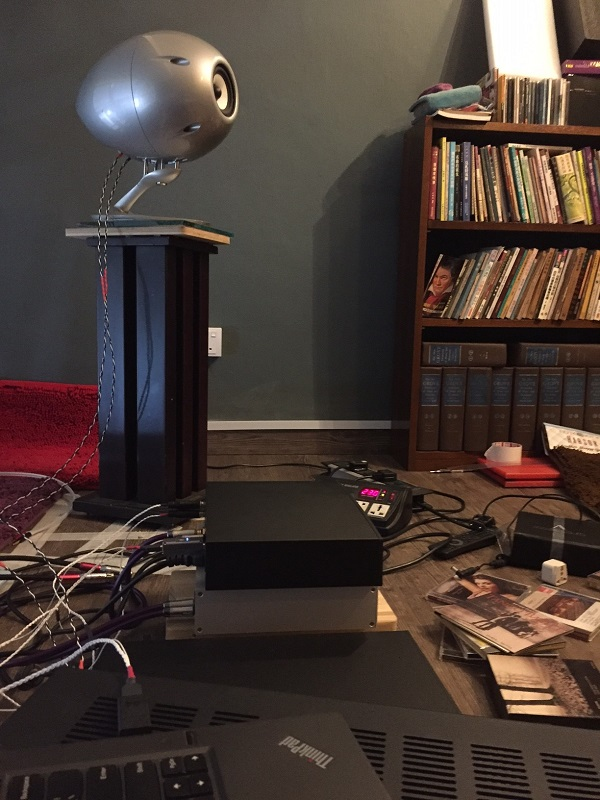 Audiocadabra-Optimus-And-Ultimus-Cables-In-Use