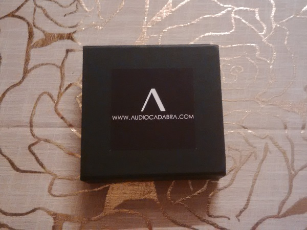 Audiocadabra-Optimus-Handcrafted-Analog-Cables-Unboxing