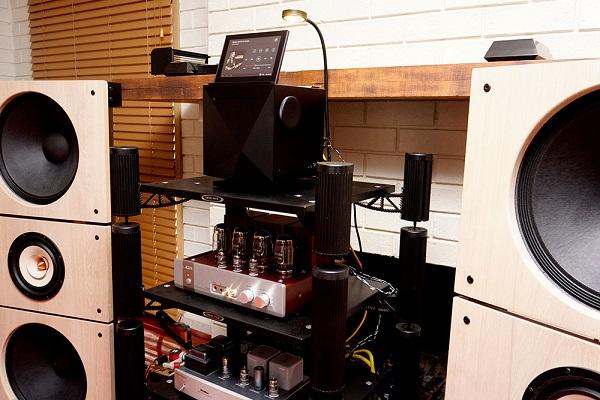 Audiocadabra-Optimus-Handcrafted-Cables-In-Sunbury-Australia