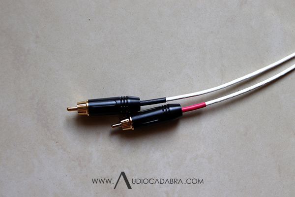 Audiocadabra-Ultimus4-Solid-Silver-Double-Shielded-Analog-Cables-With-RCA-Plugs
